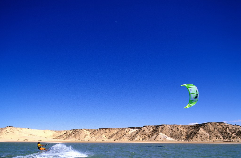 Dakhla-kite surfing3